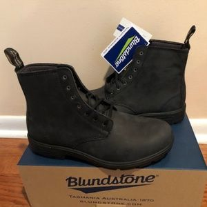 Blundstone Lace-Up Black Boots. Size: 10.5, 11, 12